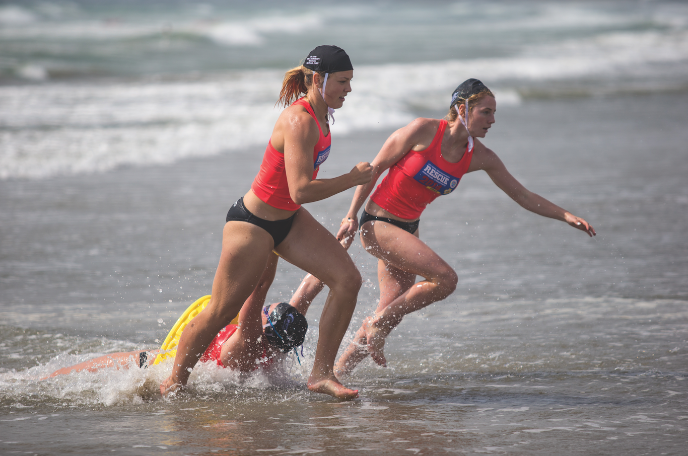 Peu connu, le sauvetage aquatique constitue une discipline sportive pour laquelle de véritables athlètes s'entraînent au quotidien pour préparer les rencontres nationales et internationales.